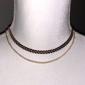 NWOT Multilayer Gold Choker Necklace